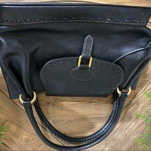 Like new Black leather Dooney Bourke purse.